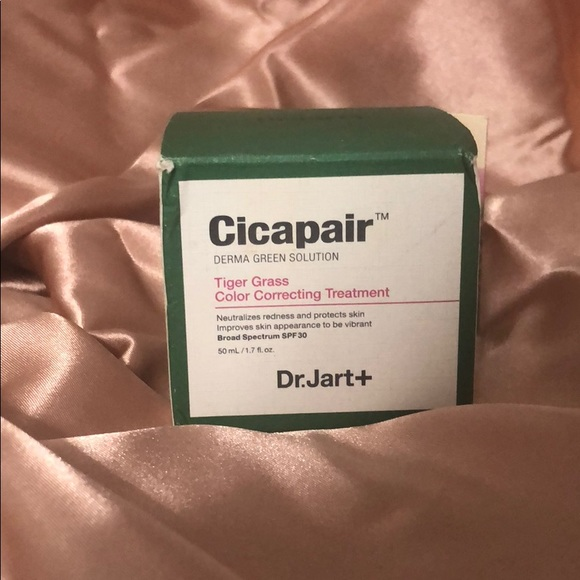 Cicapair Tiger Grass Color Correcting Treatment by Dr Jart+ #6